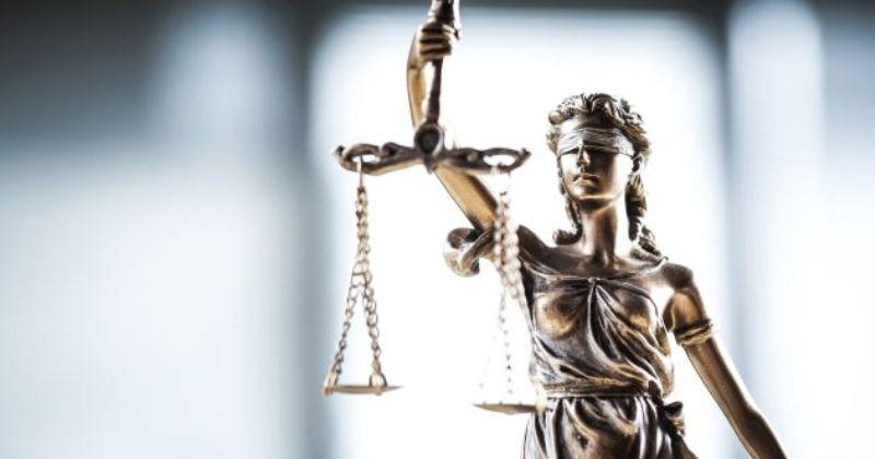 Prawo do adwokata