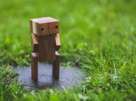 Odpowiedzialność prawna za działania robotów. Czy roboty mogą mieć osobowość prawną?
